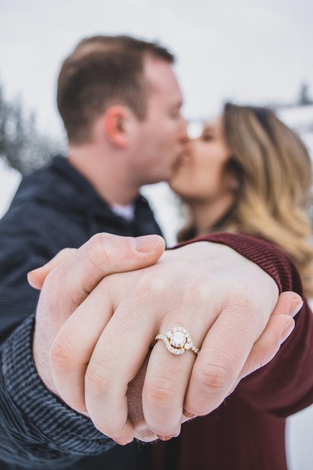 zaręczyny pierścionek